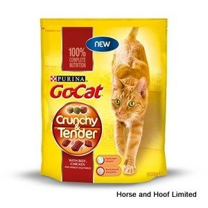 Go-Cat Crunchy Beef, Chicken & Vegetables Flavored Cat Food 4 x 800g